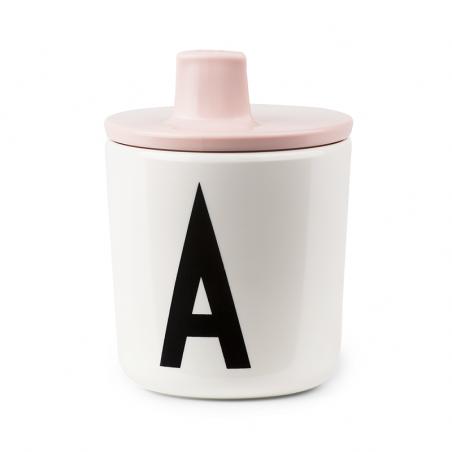Tapa con boquilla rosa para vaso melamina - Design Letters