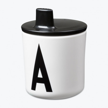 Tapa con boquilla negra para vaso melamina - Design Letters