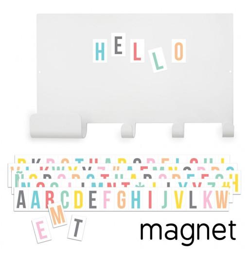 Colgador con tablero magnético y letras multicolor - Tresxics