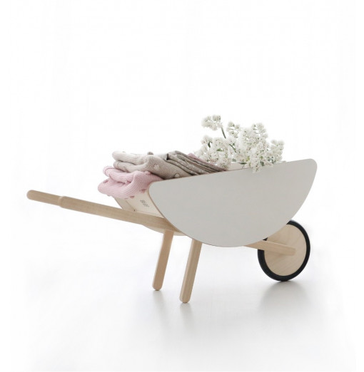 Toy wheelbarrow - Ooh noo