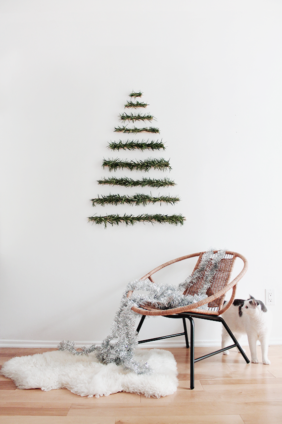 modern-wall-hanging-christmas-tree-almost-makes-perfect1