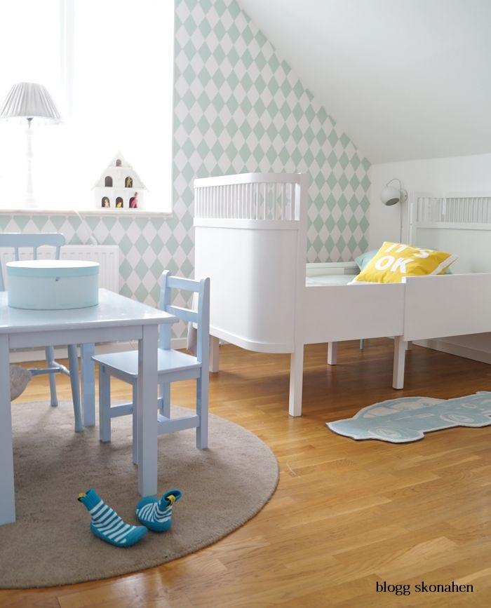 Habitaciones infantiles deco kids for Papel para empapelar infantil