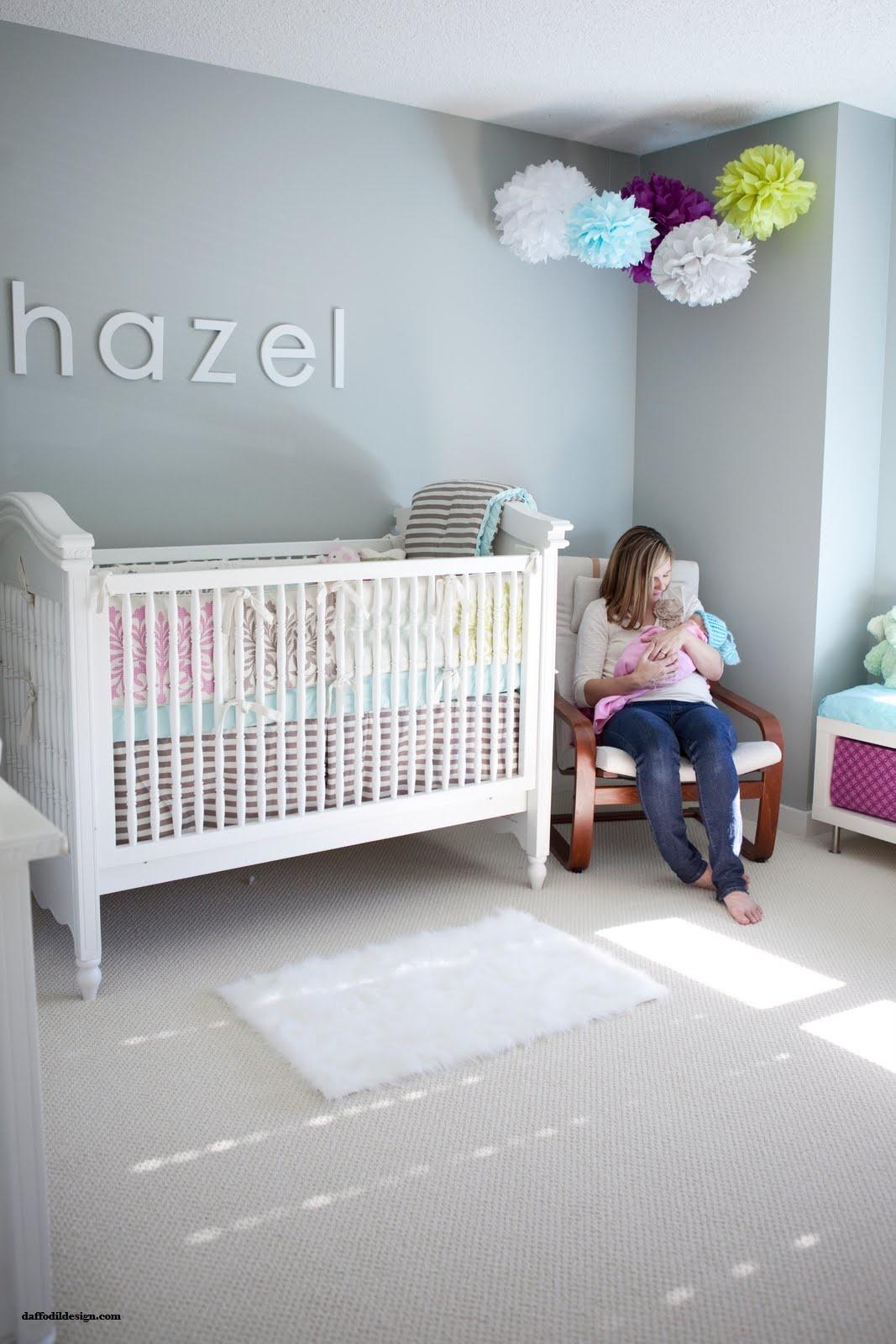 Decorar con pompones una habitaci n infantil deco kids - Decorar habitacion infantil ...