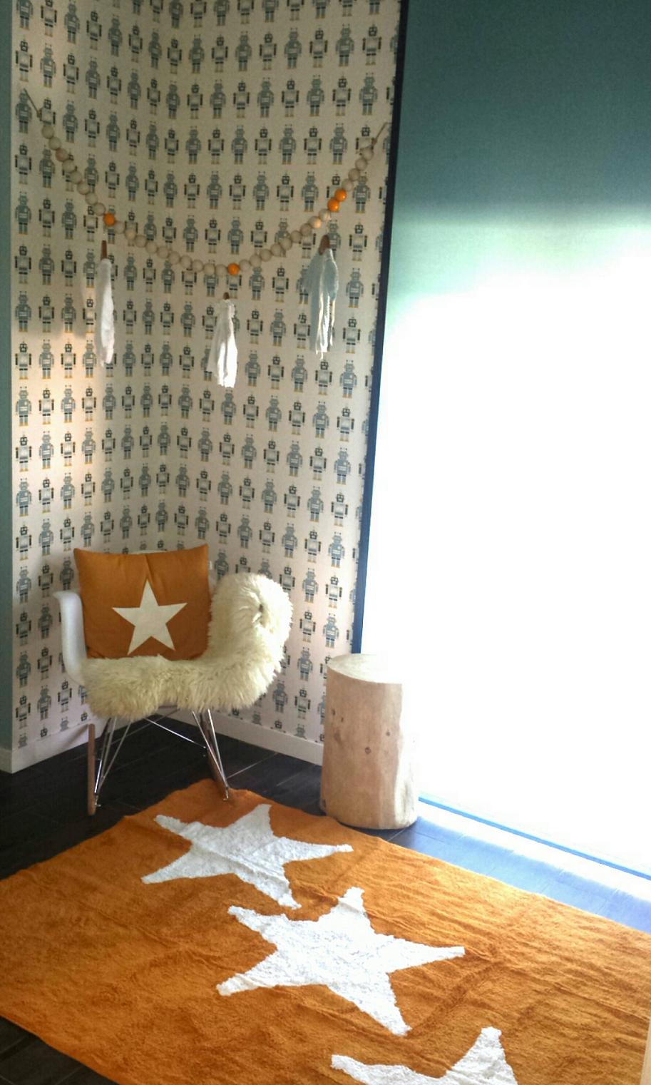 Una original habitaci n infantil en azul celeste y - Habitacion infantil azul ...